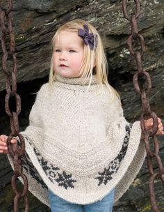 Ravelry: Stjerneponcho pattern by Marte Helgetun Knitting Designs, Knitting Projects, Knitting Patterns, Knitting For Kids, Baby Knitting, Knit Crochet, Crochet Hats, Knitted Poncho, Yarn Crafts