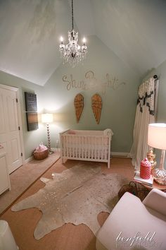 Love the wall color for this nursery, great for boy or girl