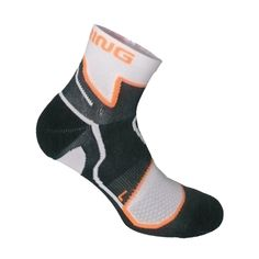 #springrevolution2.0 #cycling #running #golf #equestrian #outdoor #ski #multisports #socks #prevention  #support #compression #sports #esbt.one Revolution 2, Equestrian, Skiing, Athlete, Cycling, Sportswear, Golf, Socks, Exercise