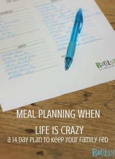 Meal planning is more than just making a list of recipes. Learn how to make a simple 14 day plan that your family will love! Survival Food, Survival Prepping, Survival Skills, Lists To Make, How To Make, Day Plan, Crazy Life, Simple Living, Natural Living