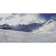 """""""Live from #Courchevel ❄️⛷ #cvlmoment #ski #winter #snow #landscape #pictureoftheday #beautiful"""" Photo taken by @courchevel_officiel on Instagram, pinned via the InstaPin iOS App! http://www.instapinapp.com (01/23/2016)"""