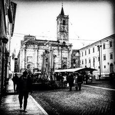 Ascoli Piceno (Piazza Arringo)