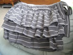 Cute toddler skirt from up-cycled t-shirt-- great tutorial.  love DIY kiddie clothing :)