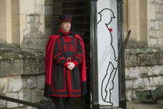 Artist's WWI 'Ghost Soldier' Sculptures Are a Surprise Hit With UK Audiences, Raising Millions for Veterans | artnet News