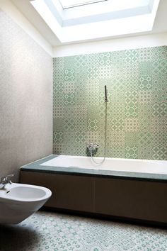 Laccio green tiled bathroom Mandarin Stone