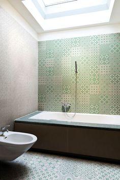 Laccio green tiled bathroom  Mandarin Stone