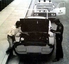 """""""The Excuse"""" Plymouth squad car stopping a Dodge Daytona 1969 Dodge Charger Daytona, Dodge Daytona, Plymouth Superbird, Plymouth Cars, Dodge Muscle Cars, Weird Cars, Crazy Cars, Us Cars, Ford Trucks"""
