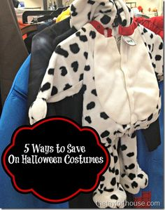 The Taylor House: 5 Ways to Save on Halloween Costumes Great Halloween Costumes, Family Costumes, Baby Costumes, Halloween Projects, Halloween Outfits, Holidays Halloween, Halloween Diy, Halloween Clothes, Haunted Halloween