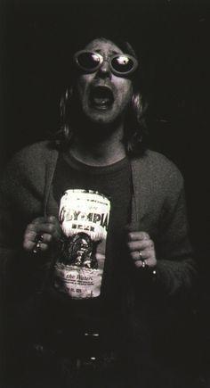 Kurt Cobain Nirvana Songs, Nirvana Band, Nirvana Kurt Cobain, Kurt Cobain Photos, Seattle, Frances Bean Cobain, Donald Cobain, Smells Like Teen Spirit, Courtney Love