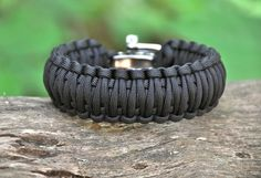 they are made with 25 feet of military spec paracord that you can unravel in case of an emergency... a must have in the event of a zombie apocolypse.