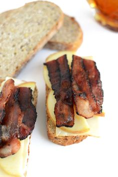 Muenster, Apple, and #Maple #Bourbon Bacon Grilled Cheese