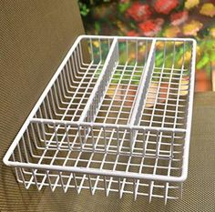 Deluxe Quality Stainless Steel Wire Cutlery Tray - (L: x W: x H: - White … Appliance Sale, Stainless Steel Cutlery, Disposable Cups, Baking Accessories, Saving Ideas, Time Saving, Kitchen Tools And Gadgets, Plates And Bowls, Dinner Sets