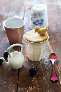 little bird made from pie crust :) how cute!