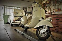 vespa vs fiat 600 Piaggio Vespa, Vespa Lambretta, Vespa Scooters, Fiat 500, Classic Vespa, Vintage Vespa, Go Kart, Deep Thoughts, Motorcycles