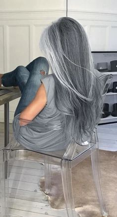 silver hair Hair Color Highlights For Grey Going Gray Ideas Long Silver Hair, Long Gray Hair, Silver Ombre, White Ombre, Transition To Gray Hair, Hair Products Online, Hair Online, Natural Hair Styles, Long Hair Styles