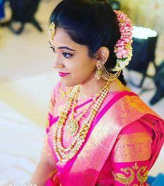 Saree Wedding, Wedding Bride, South Indian Bride Hairstyle, Bridesmaid Saree, Indian Wedding Outfits, Indian Weddings, Bridal Poses, Bride Portrait, Bride Makeup