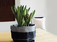 Tutorial fai da te: Come fare un coprivaso con vecchi jeans via DaWanda.com
