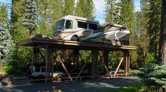 See the Five million garage and driveway elevator used to park a Chevy Cruze Garage Lift, Garage House, Dream Garage, Car Garage, Lake Tahoe Houses, Million Dollar Rooms, Underground Garage, Underground Shelter, Carports