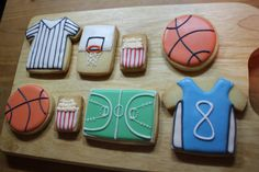 basketball box by Sylvia's Box Basketball Cookies, Basketball Mom, Cake Cookies, Sugar Cookies, Themed Cakes, Cookie Decorating, Cake Pops, Candy, Sport