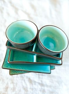 I want these dishes! Way cuter than the black ones we have. & Cambria Dinnerware 16-Piece Cereal Bowl Set Turquoise | Pinterest ...