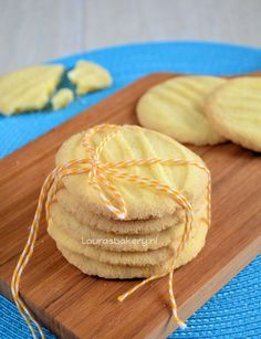 Gluten-free and lactose-free biscuits - Gluten-free and lactose-free biscuits – Laura& Bakery Maybe also made egg-free by using an - Healthy Pie Recipes, Lactose Free Recipes, Gluten Free Desserts, Cookie Recipes, Snack Recipes, Dessert Recipes, Snacks, Lactose Free Biscuits, Gluten Free Donuts