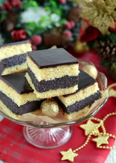 Biscuits sponge cake with poppy seed filling Polish Desserts, Polish Recipes, Baking Recipes, Dessert Recipes, Cheesecake Pops, Christmas Baking, Love Food, Delicious Desserts, Food And Drink