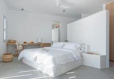 Summerhouse on a mountain in Santorini by Kapsimalis Architects - The Greek Foundation