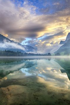 Sunrise at Hintersee Lake, Berchtesgaden National Park, Germany #BeautifulNature…