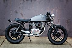 ϟ Hell Kustom ϟ: Honda CB400 By 66 Motorcycles