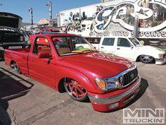 http://image.minitruckinweb.com/f/events/1304mt_sema_show_novemeber_2012/42105941/1304mt-30%2Bsema-show-2012%2Bred-toyota-mini-truck.jpg