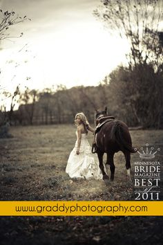 I want to have a photoshoot like this SO BAD.... I just need to find a horse!!!!