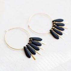 Boucles d'oreilles libres en nickel noirs boucles d'oreilles Qu'or créoles. Simple et élégante boucle d'oreille tous les jours. rusteam