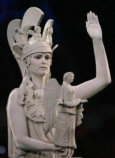 Performer dressed as ancient greek statue/Athena the patron goddess of Athens _ Athens 2004 - Opening Ceremony Snake Goddess, Olympics Opening Ceremony, Living Statue, Mycenaean, Greek History, Female Hero, Athens Greece, Ancient Greece, Olympic Games