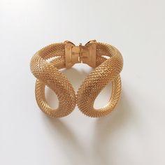 NWOT Faux Rose Gold Bracelet Faux rose gold bracelet. Never worn. Jewelry Bracelets