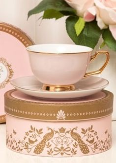 "chasingrainbowsforever: ""Vintage-inspired designer tea cup and saucer from Christina Re. Experience high tea with china made from the finest quality porcelain, and delight your guests with this. Coffee Cups, Tea Cups, Vintage Tee, Tout Rose, My Cup Of Tea, Tea Cup Saucer, High Tea, Afternoon Tea, Pink And Gold"