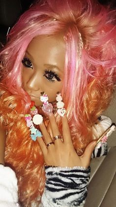 Gyaru Gyaru Hair, Gyaru Makeup, Barbie Makeup, Gyaru Fashion, Kawaii Fashion, Lolita Fashion, Fashion Beauty, Harajuku Fashion, Japanese Fashion Trends