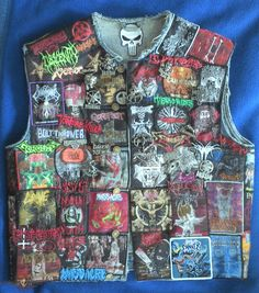 I love how crowded this is and how they replaced the tag Combat Jacket, Battle Jacket, Death Metal, Punk Jackets, Denim Jackets, Thrash Metal, Band Shirts, Metalhead, Custom Clothes