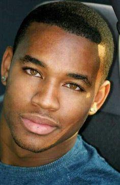 Let'S talk about men. Hot Black Guys, Fine Black Men, Handsome Black Men, Fine Men, Black Man, My Black Is Beautiful, Beautiful Eyes, Gorgeous Men, Black Male Models