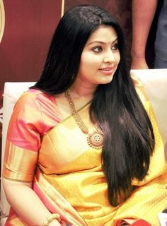 Sneha Chubby Photo Gallery in Red Saree - Tollywood Stars