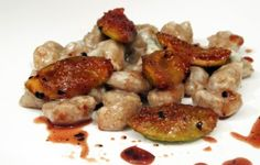 Gnocchi di farro integrale gorgonzola e fichi