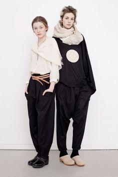websize-Leyla-blouse,-Kara-pullover