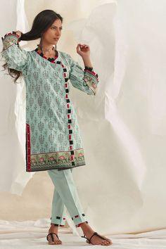 Stylish Dresses For Girls, Dresses Kids Girl, Pakistani Dress Design, Pakistani Dresses, Sharara Designs, Kurti Sleeves Design, Summer Outfits Women, Sleeve Designs, Dress Collection
