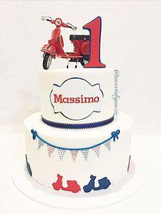 Vespa inspired birthday cake made by Sweetsbysuzie in Melbourne Baby Birthday, Birthday Parties, Birthday Cakes, Vespa Cake, Motos Vespa, Motorcycle Cake, Foundant, Happy 1st Birthdays, Cute Cakes