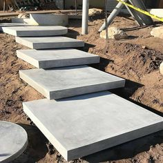 Concrete stairs ideas outdoor steps 61 ideas for 2019 Modern Landscaping, Backyard Landscaping, Landscaping Ideas, Outdoor Steps, Garden Stairs, Concrete Stairs, Exterior Stairs, House Entrance, Landscape Design