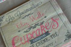 Serviettes en papier sur le thème des cupcakes