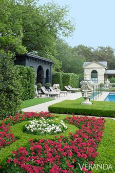 To Throw A Garden Party Pool House: The Moorish-style poolhouse is tucked in the garden.Pool House: The Moorish-style poolhouse is tucked in the garden. Formal Gardens, Outdoor Gardens, Modern Gardens, Small Gardens, Classic Garden, Garden Pool, Party Garden, Shade Garden, Lawn Party