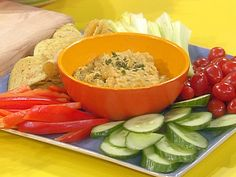 Lemon-Garlic Chick Pea Dip with Veggies and Chips Recipe : Rachael Ray : Food Network Not hummus but rather a vegetable dip! Chickpea Recipes, Vegetarian Recipes, Cooking Recipes, Healthy Recipes, Freezer Cooking, Yummy Recipes, Recipies, Snack Recipes, Yummy Food