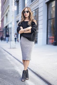 Slouchy black top, fitted grey skirt, ankle booties //LillianaVazquez