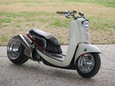 Gretchen, then Honda Ruckus/Metropolitan hybrid custom Honda C70, Honda Ruckus, Custom Motorcycles, Custom Bikes, Cars And Motorcycles, Triumph Motorcycles, Moto Bike, Motorcycle Bike, Motorbike Stand