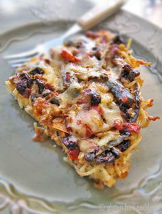 Got leftover brown rice pasta? Make this tasty gluten-free pasta frittata with peppers, olives, sun-dried tomatoes and goat cheese